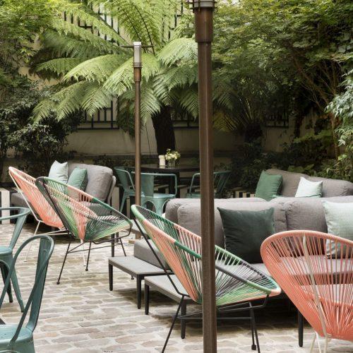 the ebst terrace in paris